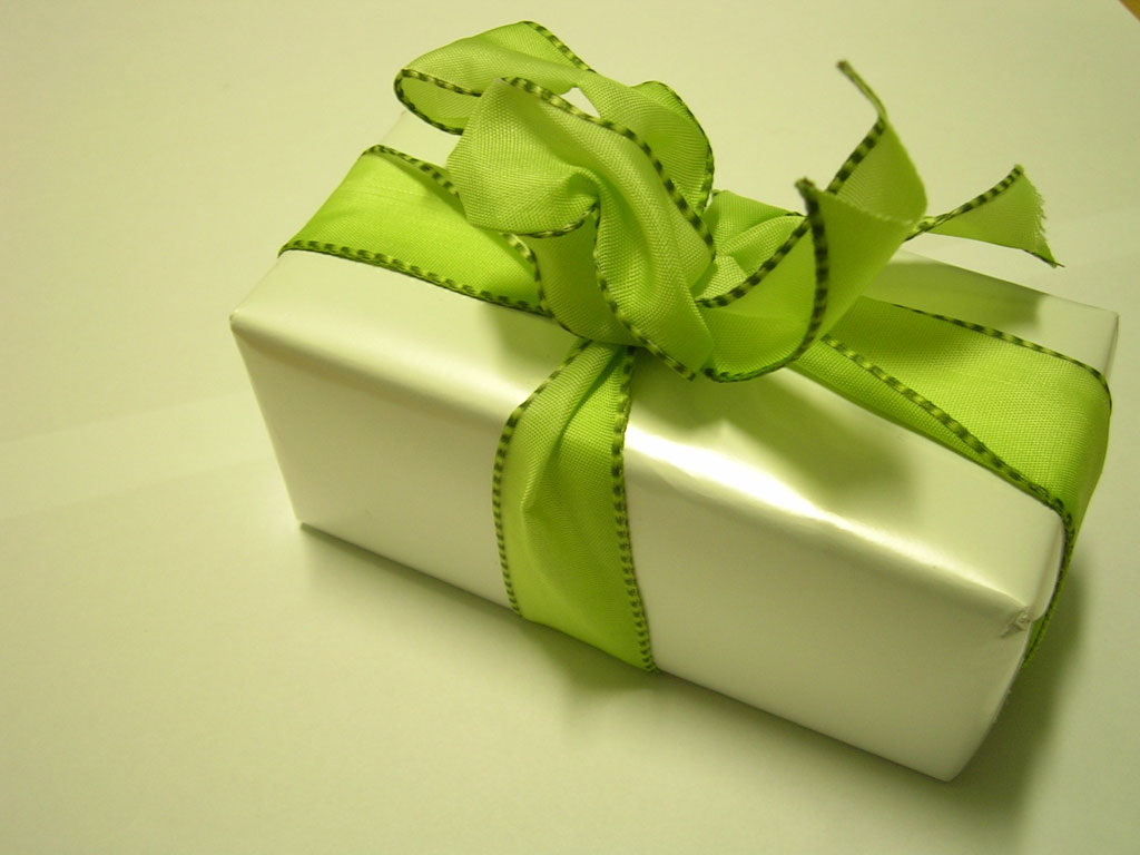 Green Christmas Gifts For Your Loved Ones
